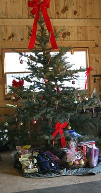 Southern Legacy and Cobb County had their own Christmas tree in the barn. December 2007