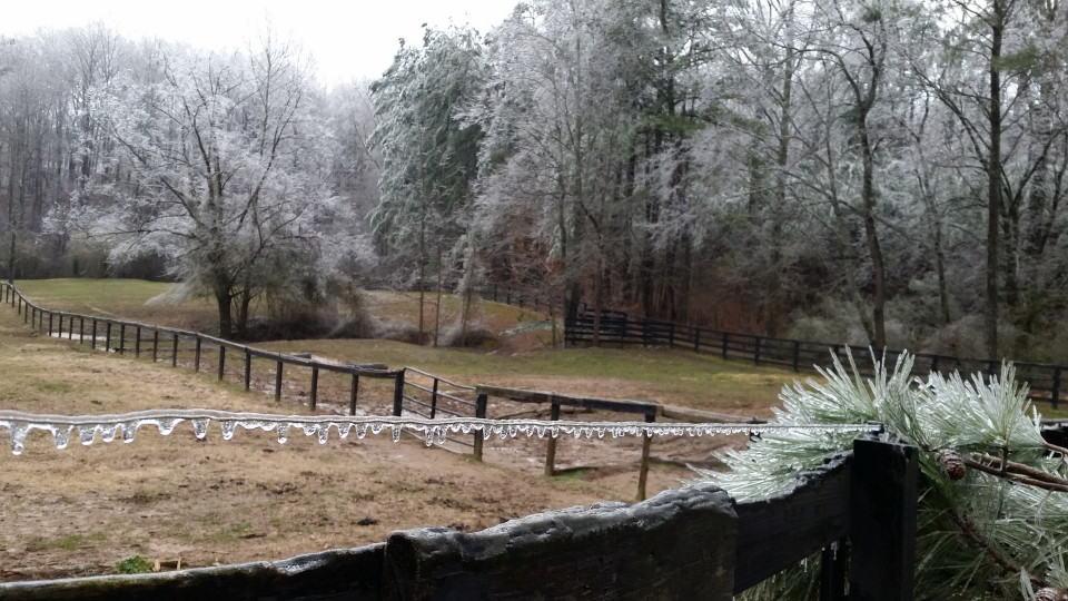 ice-storm20150216-17_20150217_011